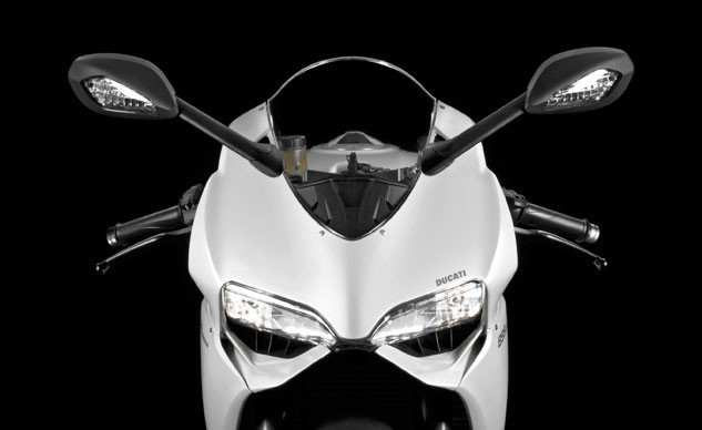 092815-2015-ducati-899-panigale-front-f-633x388