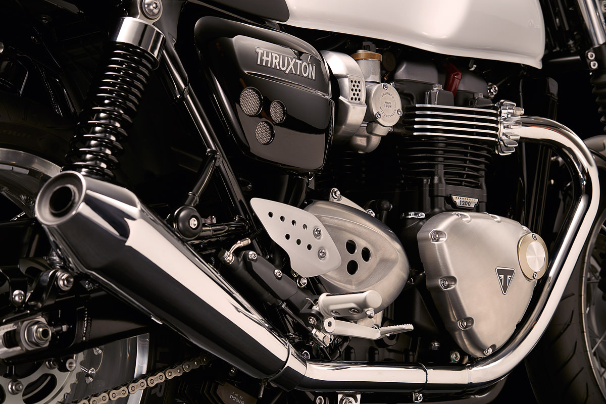 new-triumph-bonneville-thruxton-engine-4
