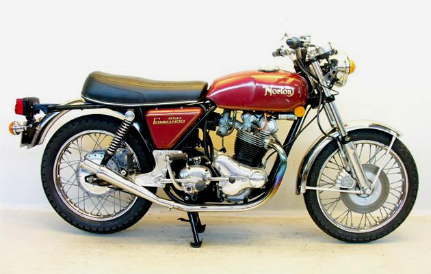 Norton_850_Commando_1973