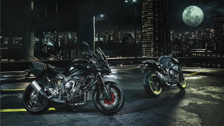 2016-Yamaha-MT-10-EU-Night-Fluo-Static-007